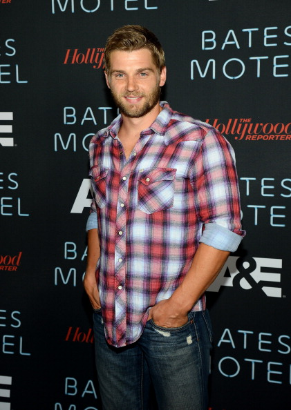 "Hipster - Person「A&E's ""Bates Motel"" Party - Arrivals - Comic-Con International 2013」:写真・画像(4)[壁紙.com]"