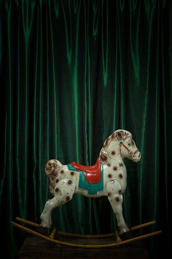 Horse「Old rocking horse, metal」:スマホ壁紙(10)
