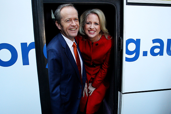Bus「Bill Shorten Campaigns On Election Day Eve」:写真・画像(6)[壁紙.com]