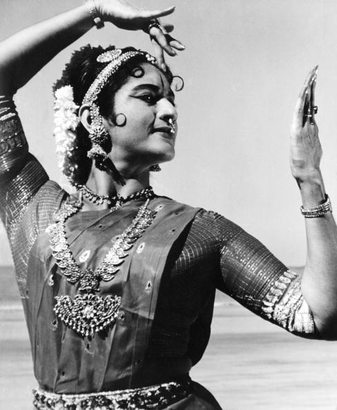 Indian Subcontinent Ethnicity「Bharatnatyam Dancer」:写真・画像(12)[壁紙.com]