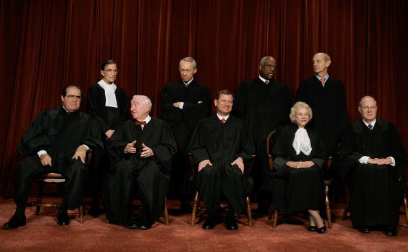 Justice - Concept「Supreme Court Justices Pose For Annual Portrait」:写真・画像(11)[壁紙.com]