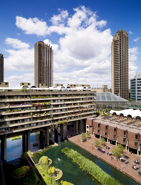 Outdoors「The Barbican Centre, London, 2010」:写真・画像(1)[壁紙.com]