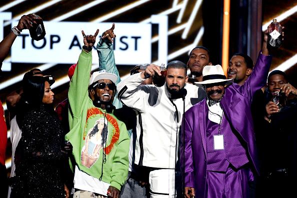Drake - Entertainer「2017 Billboard Music Awards - Show」:写真・画像(8)[壁紙.com]