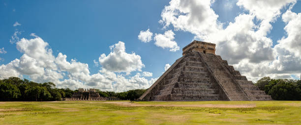 Chichén itzá archaeological site, Yucatan - Mexico:スマホ壁紙(壁紙.com)