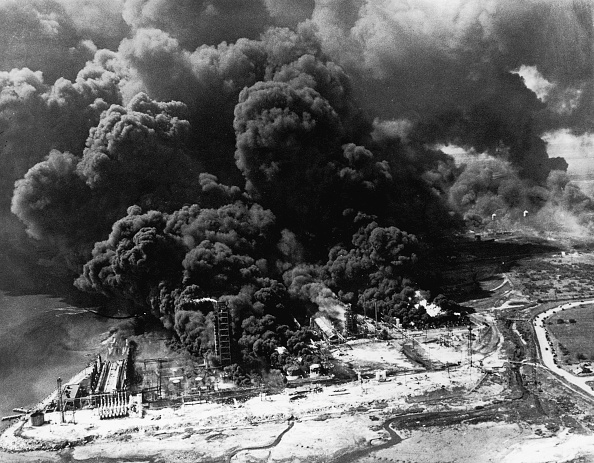 Accidents and Disasters「Plant On Fire」:写真・画像(9)[壁紙.com]