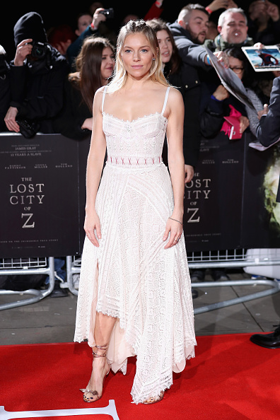 The Lost City Of Z「The Lost City of Z - UK Premiere - Arrivals」:写真・画像(19)[壁紙.com]