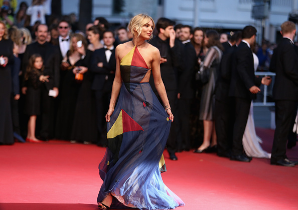 "Sienna Miller「""The Sea Of Trees"" Premiere - The 68th Annual Cannes Film Festival」:写真・画像(7)[壁紙.com]"