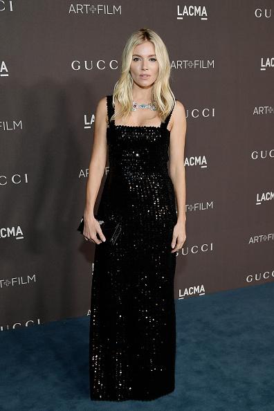 Sienna Miller「2019 LACMA Art + Film Gala Honoring Betye Saar And Alfonso Cuarón Presented By Gucci - Red Carpet」:写真・画像(15)[壁紙.com]