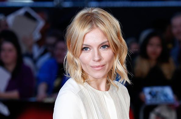 """Sienna Miller「""""High-Rise"""" - Red Carpet - BFI London Film Festival」:写真・画像(2)[壁紙.com]"""