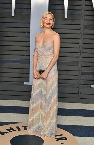 Sienna Miller「2018 Vanity Fair Oscar Party Hosted By Radhika Jones - Arrivals」:写真・画像(19)[壁紙.com]