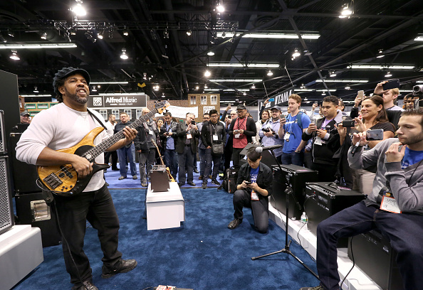 Anaheim Convention Center「2016 NAMM Show, Day 3: Weird Al, Questlove, The Legends, NAMM Foundation Grand Rally for Music Education」:写真・画像(7)[壁紙.com]