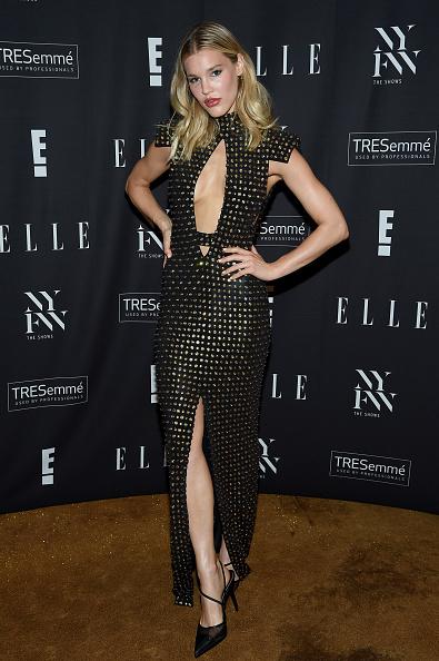 Maxi Dress「E!, ELLE, & IMG Presented By TRESemmé Host NYFW Kick-Off Party – Arrivals」:写真・画像(8)[壁紙.com]