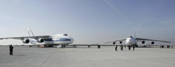 Charity and Relief Work「SALIS Antonov Transporters To Be Stationed At Leipzig」:写真・画像(4)[壁紙.com]