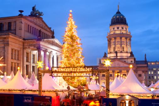Town Square「Christmas Market」:スマホ壁紙(16)