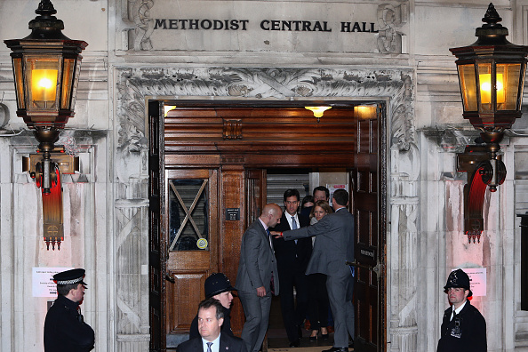 Methodist「Opposition Leaders Arrive For The Live BBC Debate」:写真・画像(3)[壁紙.com]