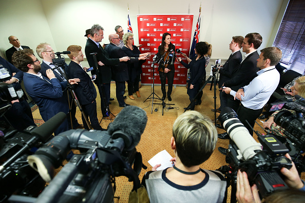 Full Length「MPs Gather In Wellington As Nation Awaits 2017 Election Result」:写真・画像(1)[壁紙.com]