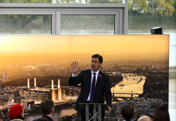 Dan Kitwood「Ed Miliband's Speech On The Cost Of Living at Battersea Power Station」:写真・画像(19)[壁紙.com]