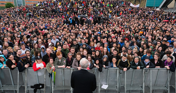 People「Jeremy Corbyn Resumes Labour's Election Campaign With Visits In The North East」:写真・画像(19)[壁紙.com]