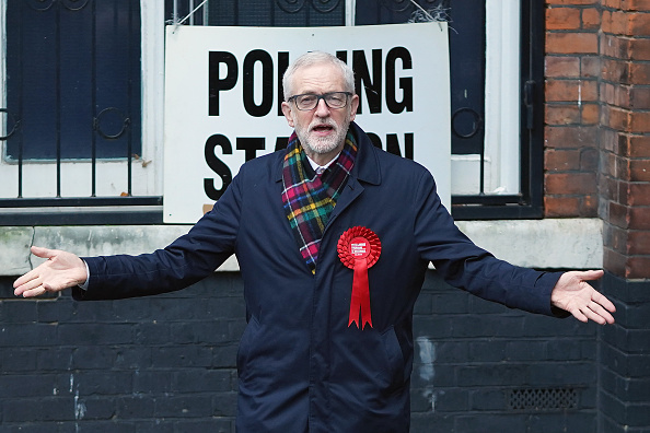 Jeremy Corbyn「British Political Leaders Cast Their Vote In The UK General Election」:写真・画像(7)[壁紙.com]