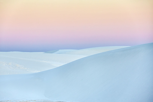 Pale Pink「Silicon white sand dunes of White Sands National Monument」:スマホ壁紙(10)