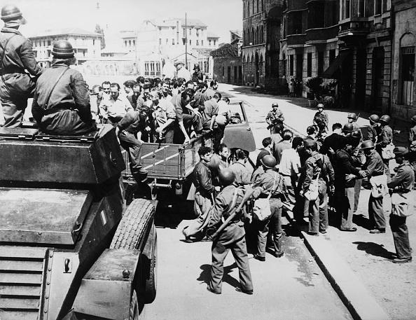Frisking「Italian Crisis」:写真・画像(13)[壁紙.com]
