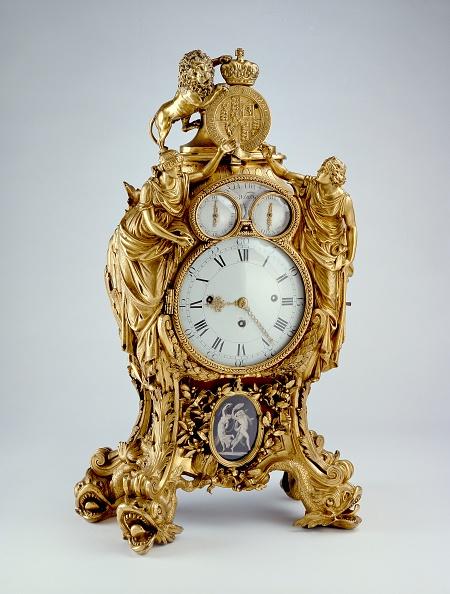 Costume Jewelry「Clock」:写真・画像(6)[壁紙.com]