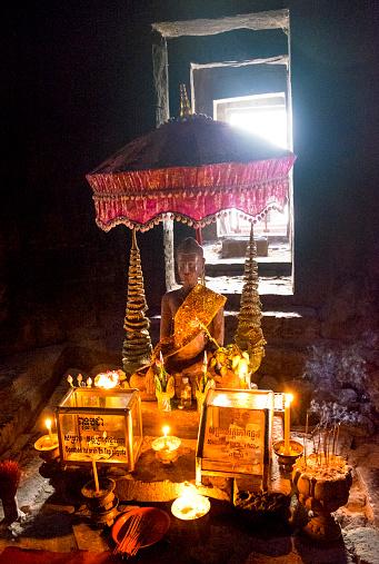 Buddha statue「Angkor Thom, Cambodia」:スマホ壁紙(1)