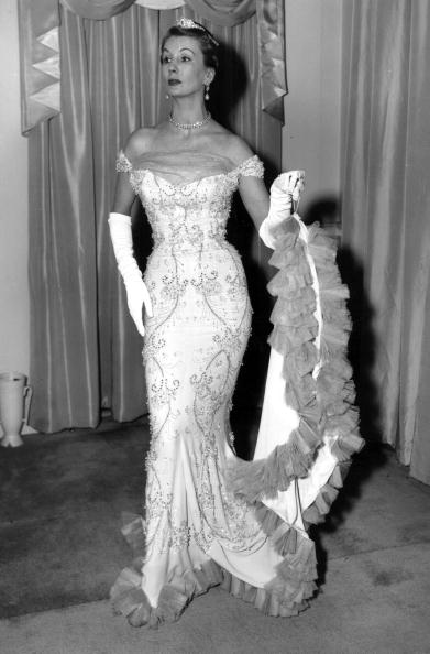 Evening Gown「Glamorous Barbara」:写真・画像(4)[壁紙.com]