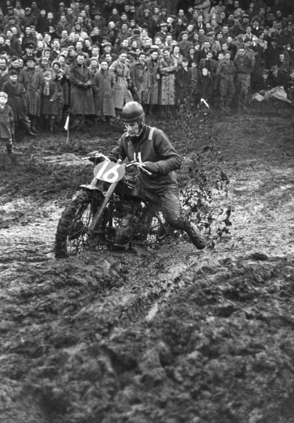 Sport「Muddy Motorbike」:写真・画像(12)[壁紙.com]