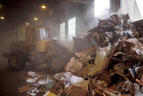 Effort「Plant machinery on a refuse centre.」:写真・画像(15)[壁紙.com]