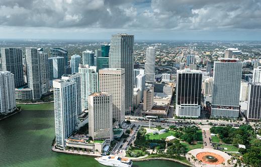 Miami Beach「マイアミのダウンタウンの空中写真」:スマホ壁紙(7)