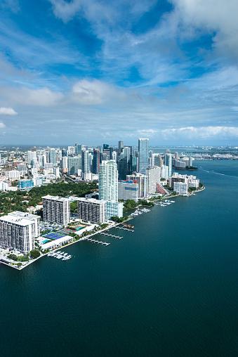 Miami Beach「マイアミのダウンタウンの空中写真」:スマホ壁紙(19)
