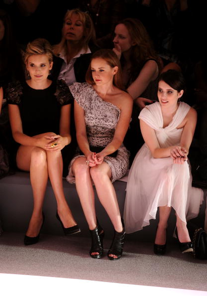 Stephen Lovekin「Monique Lhuillier - Front Row - Spring 2011 MBFW」:写真・画像(1)[壁紙.com]