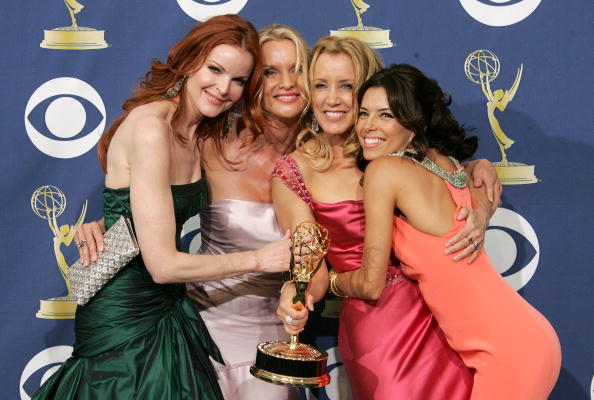 2005「57th Annual Emmy Awards - Press Room」:写真・画像(18)[壁紙.com]