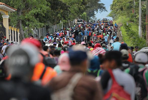Refugee「Migrant Caravan Pushes North Into Guatemala」:写真・画像(6)[壁紙.com]