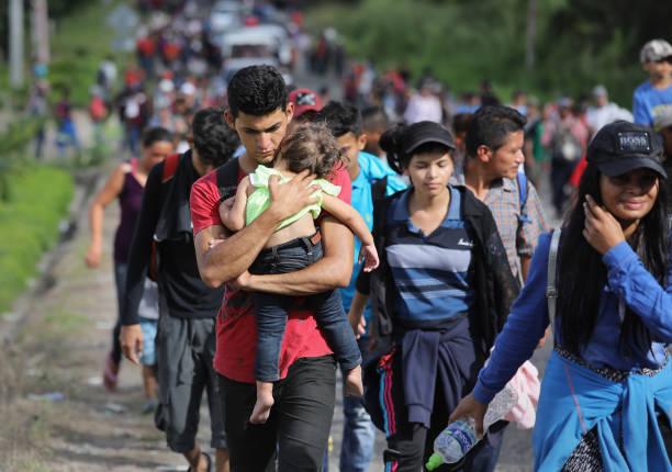 Migrant Caravan Pushes North Into Guatemala:ニュース(壁紙.com)
