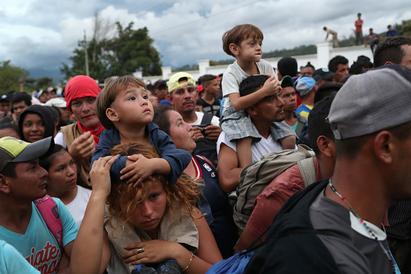 Refugee「Migrant Caravan Pushes North Into Guatemala」:写真・画像(5)[壁紙.com]