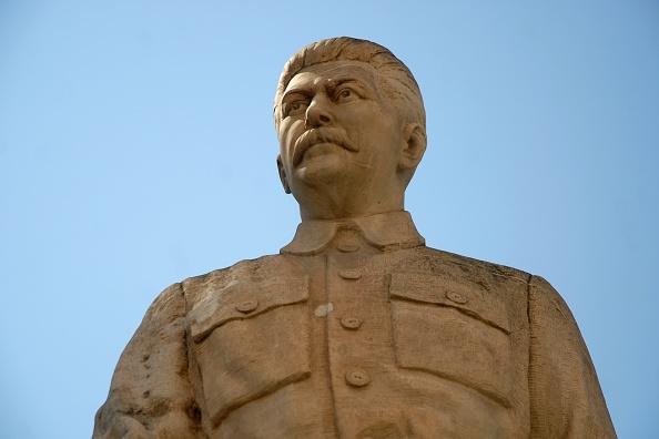 像「Stalin Statue In Gori」:写真・画像(19)[壁紙.com]