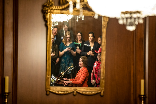 Protection「Nancy Pelosi, House Democrats Discuss Protecting the Right To Organize (PRO) Act」:写真・画像(4)[壁紙.com]