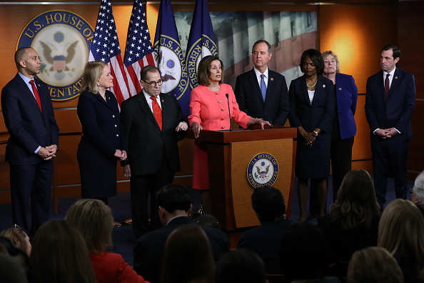 Manager「Speaker Pelosi Announces Impeachment Managers, Signs And Transmits Articles To Senate For Trial」:写真・画像(11)[壁紙.com]