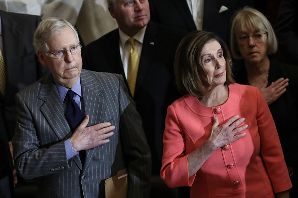 Mitch McConnell「Speaker Pelosi Announces Impeachment Managers, Signs And Transmits Articles To Senate For Trial」:写真・画像(14)[壁紙.com]