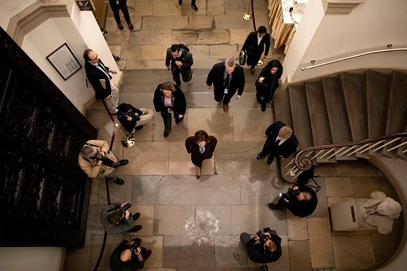 Capitol Hill「U.S. House Of Representatives Votes On Impeachment Of President Donald Trump」:写真・画像(17)[壁紙.com]