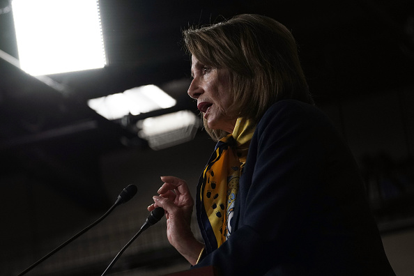 Alex Wong「House Speaker Nancy Pelosi Holds Weekly News Conference At The Capitol」:写真・画像(1)[壁紙.com]