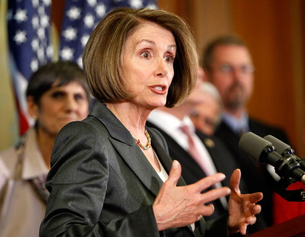 Insurance「Pelosi, House Democrats Hold Press Conference On Health Insurance Reform」:写真・画像(14)[壁紙.com]
