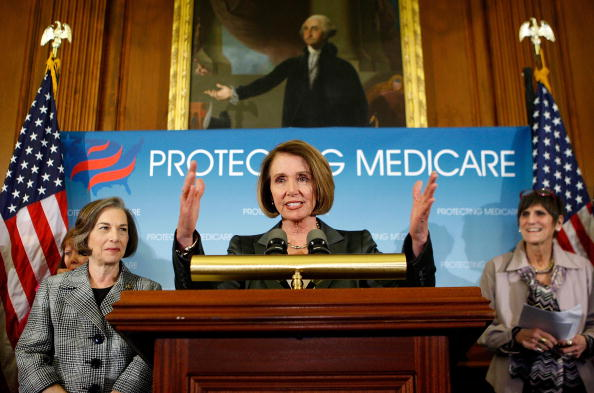 Insurance「Pelosi, House Democrats Hold Press Conference On Health Insurance Reform」:写真・画像(13)[壁紙.com]