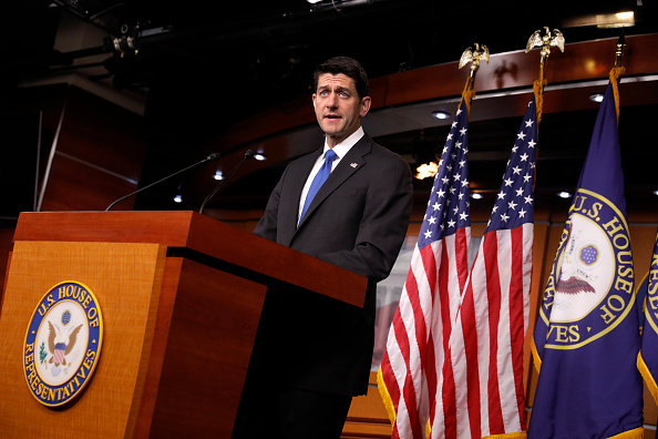 Aaron P「House Speaker Paul Ryan Holds Weekly Press Conference At The Capitol」:写真・画像(10)[壁紙.com]