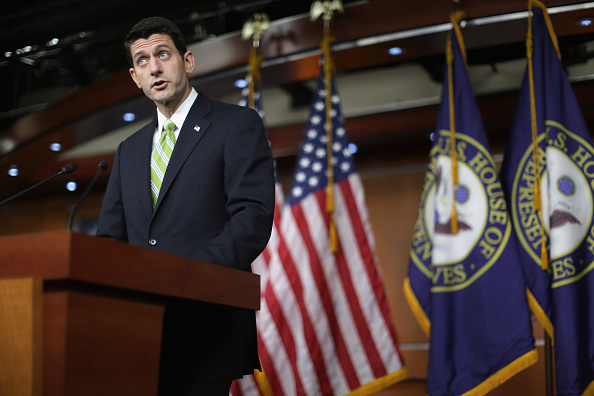 Chip Somodevilla「House Speaker Paul Ryan Holds Weekly Press Briefing At The Capitol」:写真・画像(11)[壁紙.com]