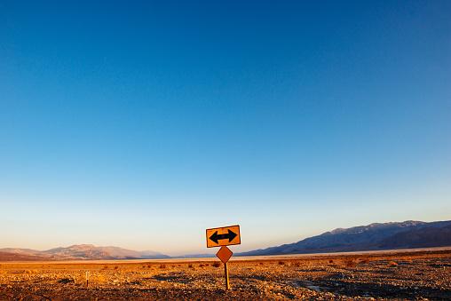 Crossroad「Death Valley Road」:スマホ壁紙(19)