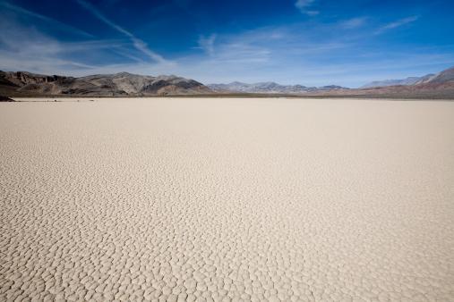Arid Climate「Death Valley Lakebed」:スマホ壁紙(11)