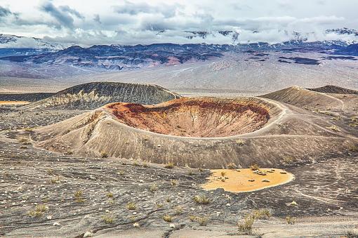 Volcanic Landscape「Death Valley National Park,California,usa」:スマホ壁紙(9)